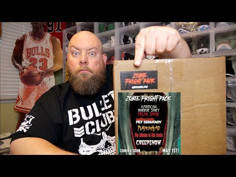 Unboxing the May 2019 Directors Cut ZOBIE FRIGHT PACK Horror Mystery