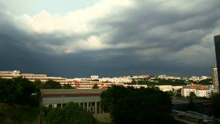 preview picture of video 'Time lapse - prichádzajúca búrka'