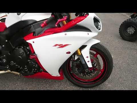 2009 Yamaha YZFR1 in Sanford, Florida - Video 1