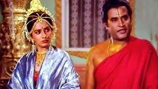 அருமையான சொல் விளையாட்டு அரங்கேற்ற காட்சி # Super Scenes # Sri Raghavendra