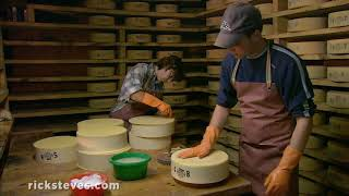 Thumbnail of the video 'Making Cheese in the Swiss Alps'