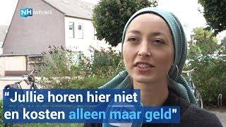Fevziye wordt uitgescholden en gediscrimineerd om haar hoofddoek