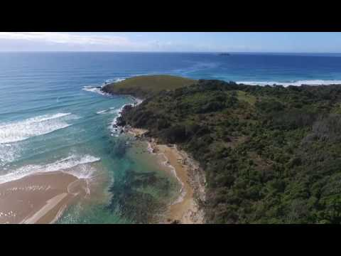 Drone of paddle out at Moonee Creek