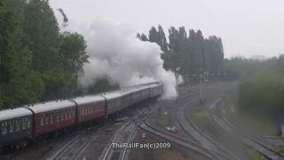 preview picture of video '(HD) A4 60007 Nigel Gresley Departs Banbury Station 6th June 2009'