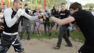 Тайский боксер против Уличного бойца