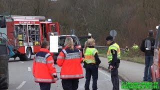 preview picture of video '[TRAGISCHER UNFALL] - Junges Mädchen tödlich verletzt | Traktor mit Baggerschaufel contra PKW - [E]'