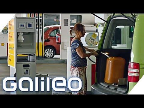 Die Entfernung zwischen den Städten auf die Autos und den Aufwand des Benzins zu rechnen