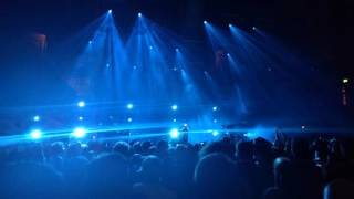 Chvrches - Under the Tide - live at the Royal Albert Hall, London 2016