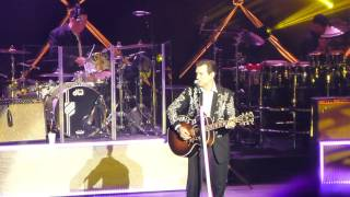 Chris Isaak - I Can't Help Falling In Love - OC Fair