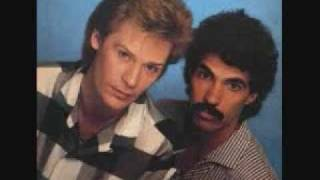 Hall and Oates - I Can't Go For That