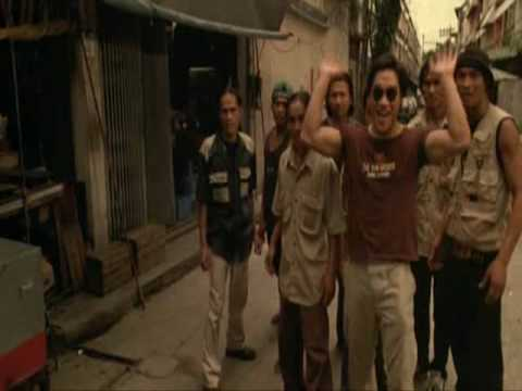 Tony Jaa Ong-Bak Chase Scene
