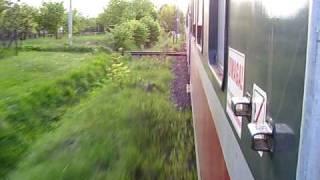 preview picture of video 'Przejazd przez skrzyżowanie torów w Olszynce, widok z pociągu.'