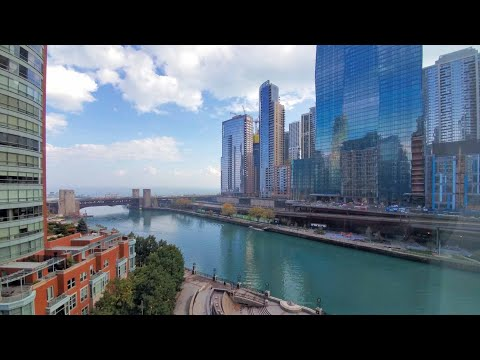 A spacious -04 Streeterville studio at Cityfront Place