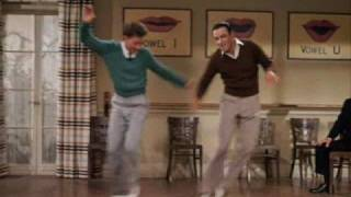 Gene Kelly & Donald OConnor - Moses Supposes (with Hun Sub)