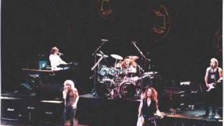 Foreigner - Live - 1979 - Long, Long Way From Home