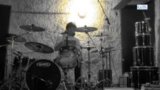 Video Karramordach Recording Drums