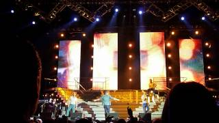 Westlife - Medley 1/4 - I Gotta Feeling - SECC Glasgow 27.05.2012