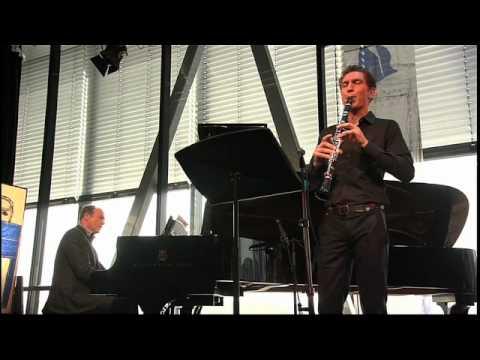 play video:Lars Wouters van den Oudernweijer - Johannes Brahms/ from: Sonate op.120/2: Allegro Appass