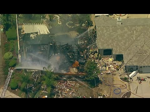Authorities say a gas explosion destroyed a Southern California home and killed a gas company worker on Monday. More than a dozen others were injured in the blast in Murrieta. (July 15)