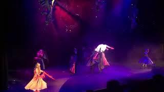 """PLES UPÍRŮ - """"Botky nádherné"""" - taneční solo - Qaša a Martin Cisarz, zpěv - Natálie Grossová"""