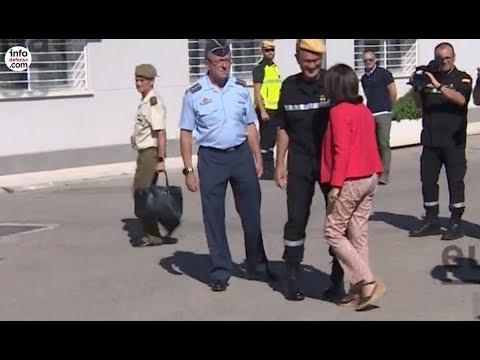 Margarita Robles visitó la Unidad Militar de Emergencias