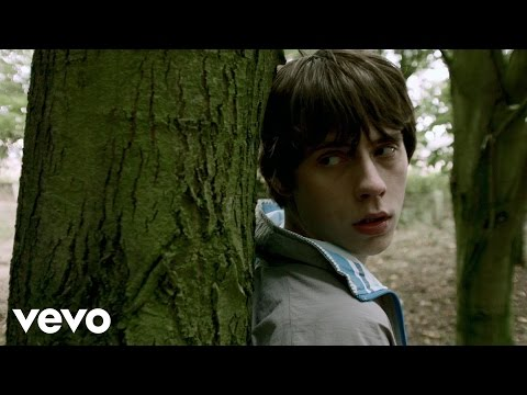 Slumville Sunrise performed by Jake Bugg