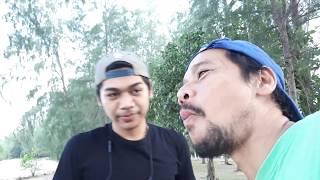 preview picture of video 'กินกุ้งสดแหลมโพธิ์ สงขลามินิปาร์ตี้กุ้งอบเกลือ&หอยกะพงสดยำโกมิตรทีมสายมินิMC.'