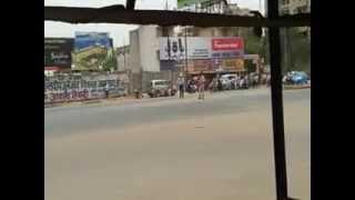 preview picture of video 'Prime Minister Manmohan Singh's Convoy in Raipur (Chhattisgarh)'