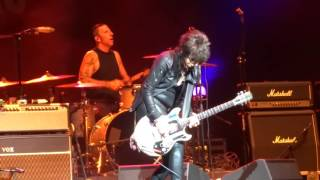 "Joan Jett & The Blackhearts - ""Everyday People"" (Live in San Diego 6-9-16)"