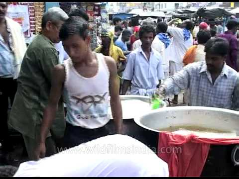 Why hygiene can be an issue when eating street food in India!