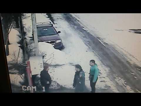 Ютуб уже не удаляет это видео!!!  Драка в д. Стрельчиха Кимрского района 170317