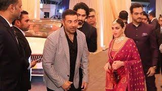 Sunny Deol IGNORES Esha Deol At Mukesh Ambani's Daughter Isha Ambani's MARRIAGE Reception