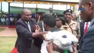Drama as woman fights off security detail in desperate attempt to have DP Ruto's ear
