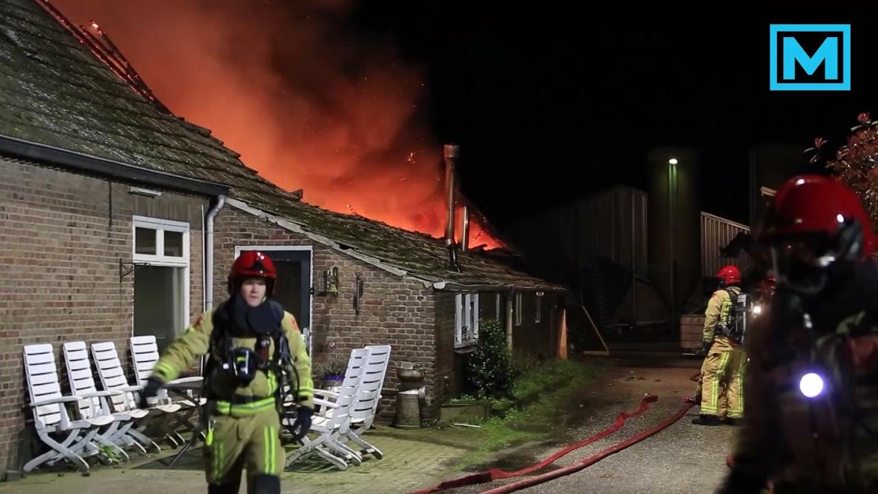 Brand verwoest groot deel van boederij in Deurne