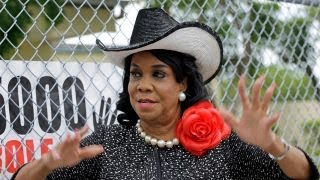 Rep. Wilson is using a soldier's death for political purposes: Pastor Burns