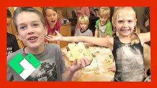 EPIC KIDS CHRISTMAS PARTY (Day 1715)