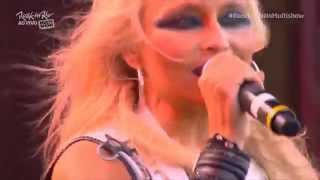 Angra / Doro Pesch - Rock In Rio 2015 - Crushing Room - 1080P