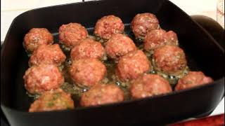 Homemade Gravy And Meatballs