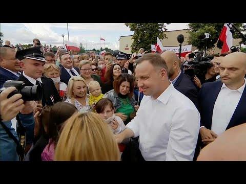 Πολωνία: Έγκυρη η επανεκλογή Ντούντα με δικαστική απόφαση…