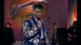k.d. lang & The Reclines - Johnny Get Angry