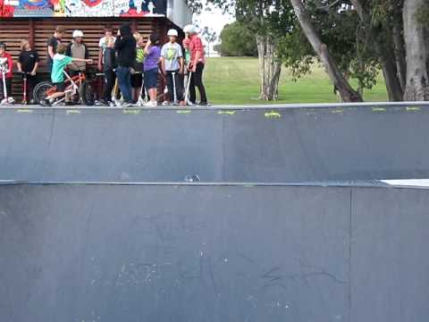 kane whiping the spine at runaway bay skatepark