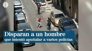 Un policía dispara a un hombre que intentó apuñalar a varios agentes