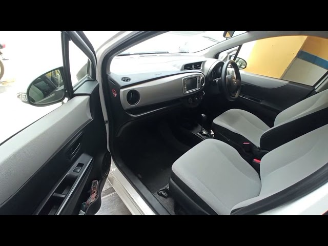 Toyota Vitz F 1.0 2013 for Sale in Multan
