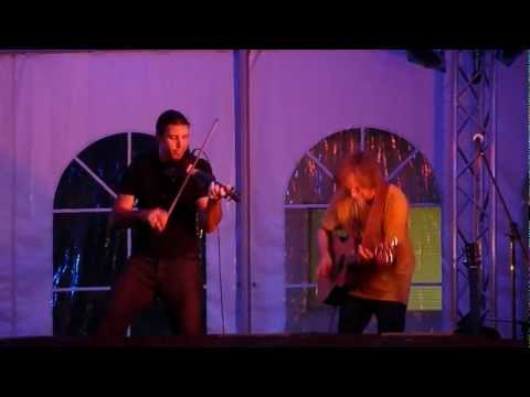 "Craig Thatcher and Nyke van Wyk performing  ""Kashmir"" @ Musikfest 08-10-12"