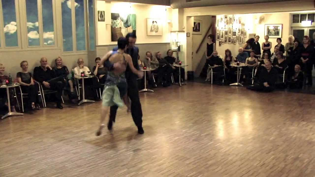 <br />PICANTE<br />milonga<br /><br />video by Henryk Gajewski