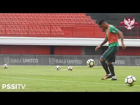 Aksi 'Beto' Goncalvez di Tengah Sesi Latihan Timnas U-23 di Bali
