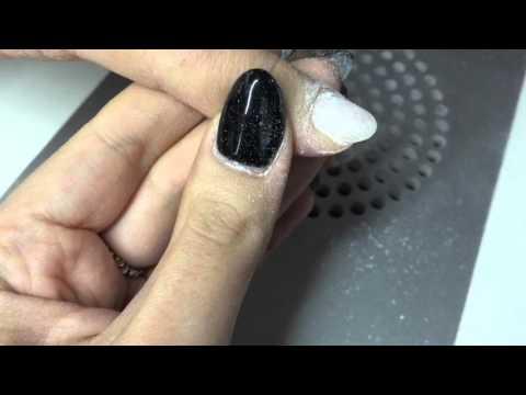 Le unghie sono diventate il bianco indipendente come trattare