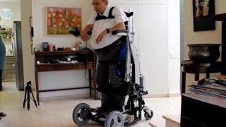 UPnRIDE, una Silla de ruedas vertical que permite que los paralíticos se pongan de pie