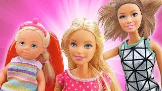 Видео про игрушки. Кукла Барби и Штеффи в салоне красоты