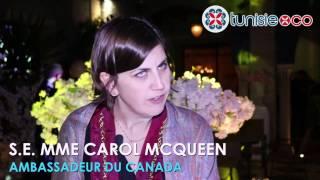 Lambassadeur Carol McQueen nommée Chevalier dhonneur de la chaîne des Rôtisseurs Bravo